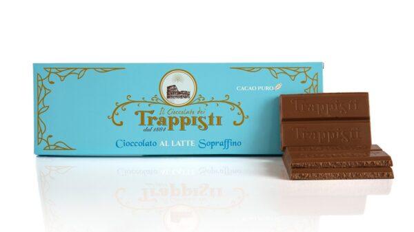 Tavoletta di Cioccolato al Latte da 250g prodotta con solo latte intero, da lavorazione lenta secondo l'antica ricetta Trappista