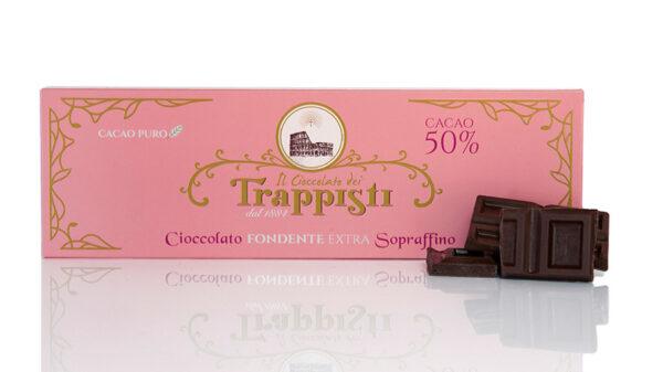 Tavoletta di Cioccolato Fondente con il 50% di cacao da 150g, preparata secondo l'antica ricetta trappista